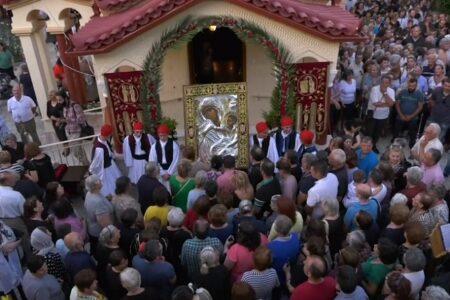 Μητροπολίτης Αργολίδος κ. Νεκτάριος: «Η εικόνα της Παναγίας Παραμυθίας δείχνει την αγάπη και τη δικαιοσύνη του Θεού»