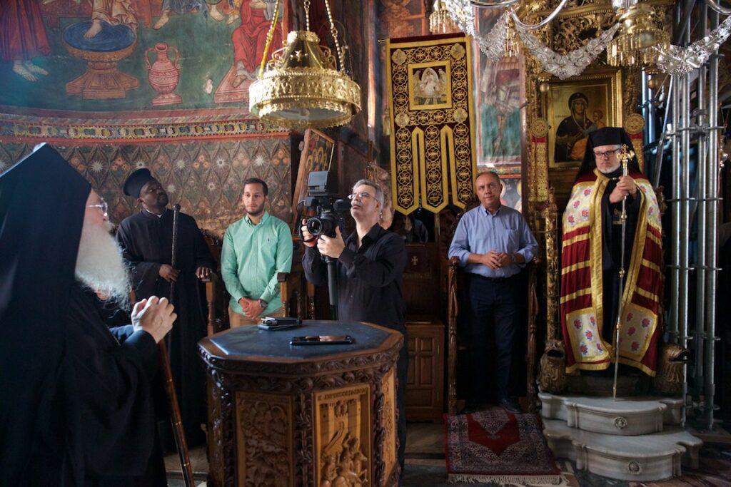 Του Κόσμου τα γυρίσματα: Υποδοχή σήμερα όπως πάντα, παραμονή εορτής της Αγίας Ζώνης στην Ι.Μ.Μ. Βατοπαιδίου