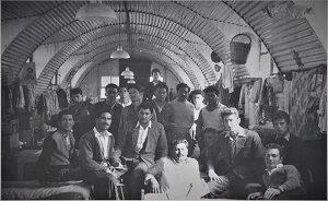 Κύπρος 1958: Μ. Πέμπτη και Μ. Παρασκευή με τους αγωνιστές στα κρατητήρια