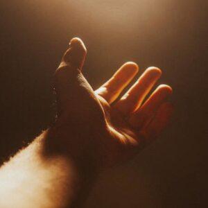 Ο κόσμος φτιάχνεται με την προσευχή!