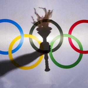 Μικρά Ολυμπιακά Ανάλεκτα. Βεβήλωση