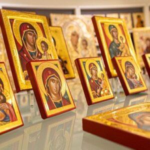 Θαυματουργές εικόνες της Παναγίας για προσευχή, θαύματα και σωτηρία.