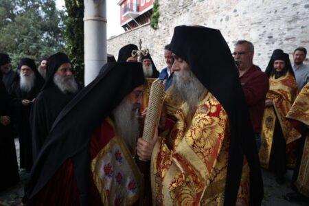 Η Υποδοχή του Καθηγουμένου της Ι.Μ. Σταυρονικήτα Γέροντος Τύχωνος στη Ι.Μ.Μ. Βατοπαιδίου